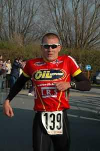 Dennis Devriendt wint de Veloopzwem van De Haan