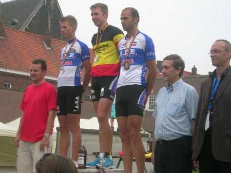 Bart Aernouts en Mieke Depoortere Belgisch kampioen duathlon
