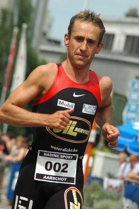 Koen Hoeyberghs en Sofie Goos winnen triathlon Aarschot