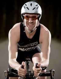 """""""Meester Bruno"""" wordt professioneel triatleet"""
