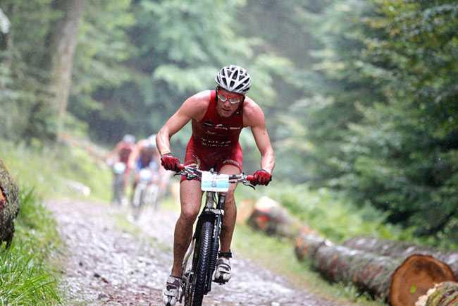 Jim Thijs 7de op extreme XTerra Frankrijk