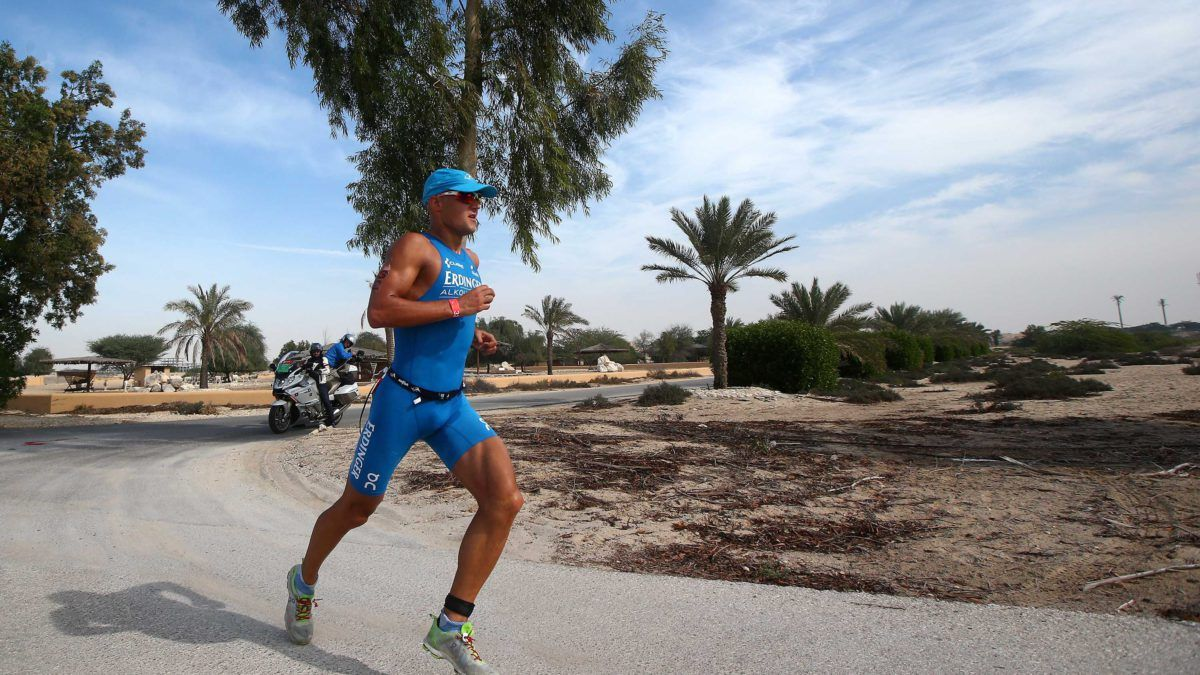 Michael Raelert wint Challenge Bahrein