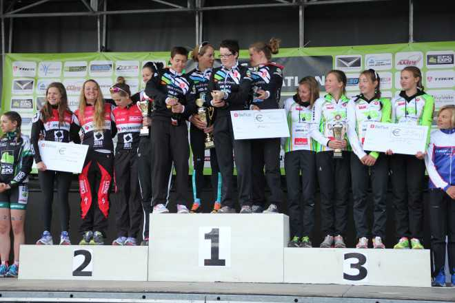 BK ploegen podium dames