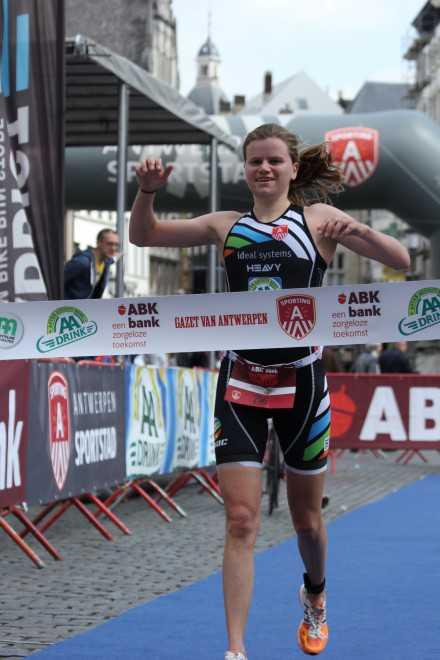 Heleen Adams wint Antwerpen