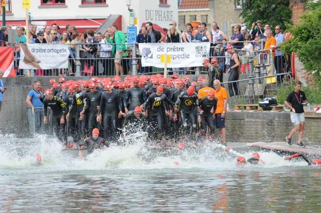 Brugge zwemstart