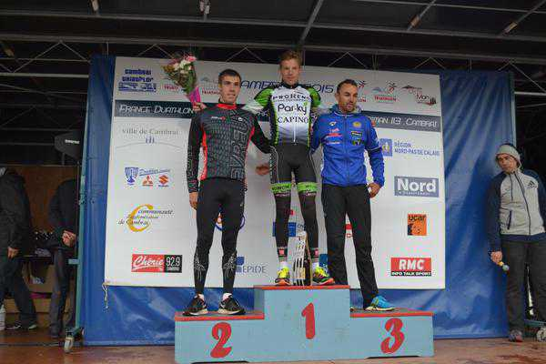 Chaos in Cambrai, Diego Van Looy wint