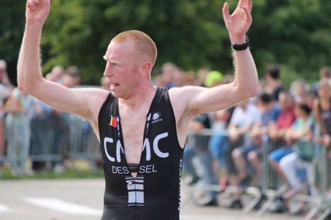 Jan Debie wint Loenhout