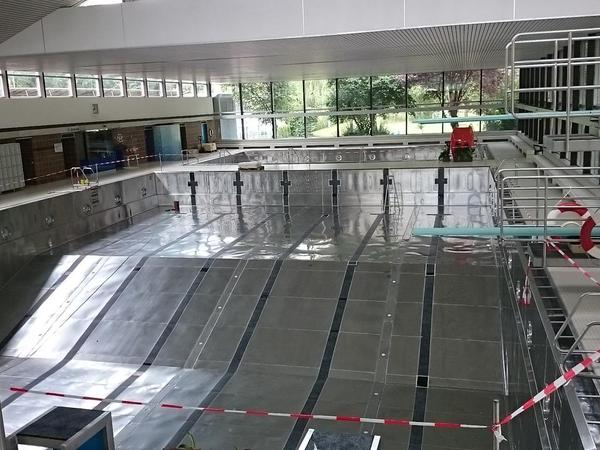 Nr 86: Geen water in het zwembad…