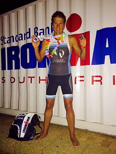 Een stralende David Smitz met zijn Kona-medaille