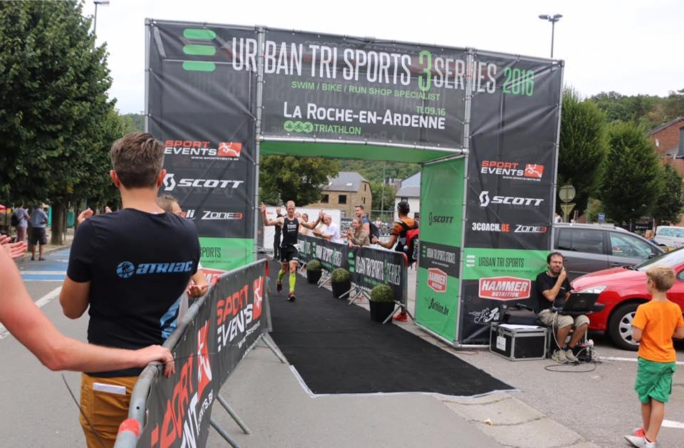 Heemeryck en Adam pakken eindwinst in La Roche