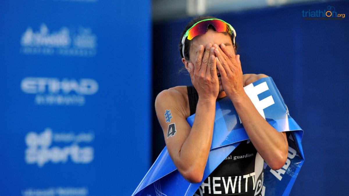 Andrea Hewitt draagt Abu Dhabi zege op aan Laurent Vidal