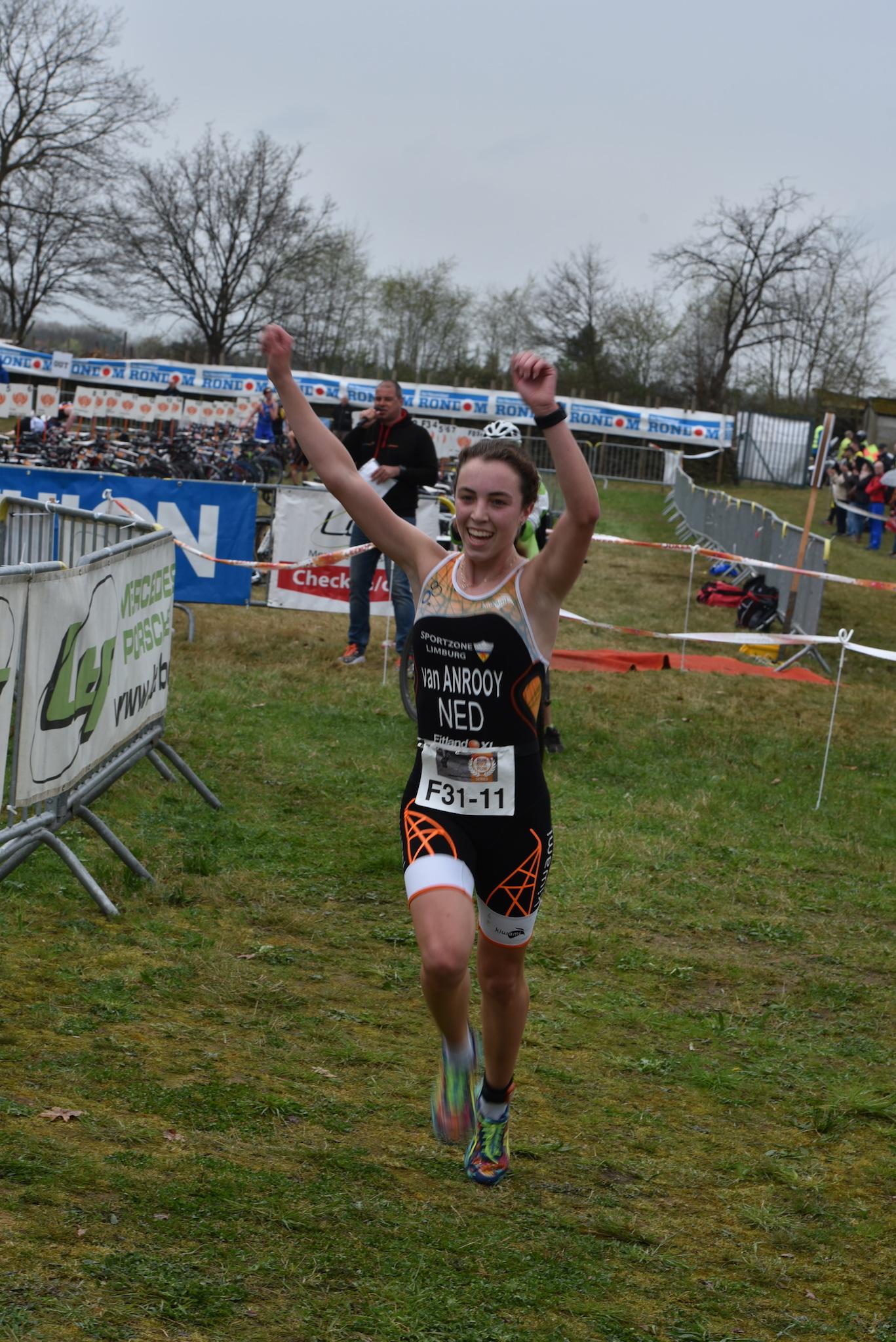 Shirin Van Anrooij winnares in Geel (foto: Johan Tack)