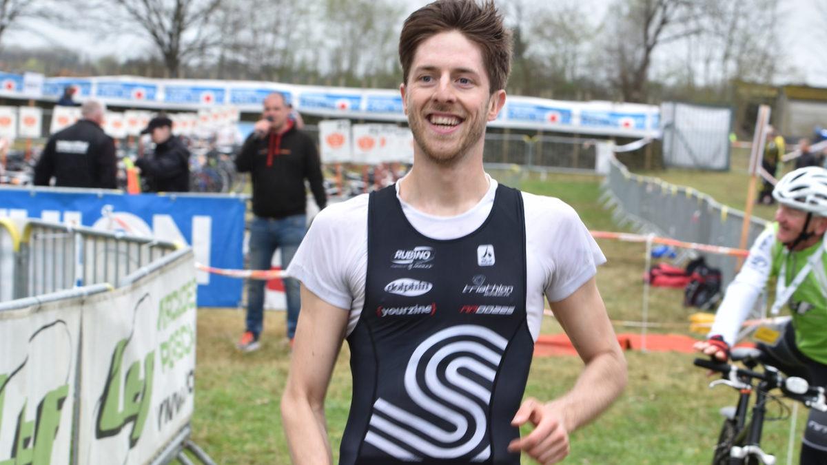 Tim Van Hemel wint grensoverschrijdende duatlon