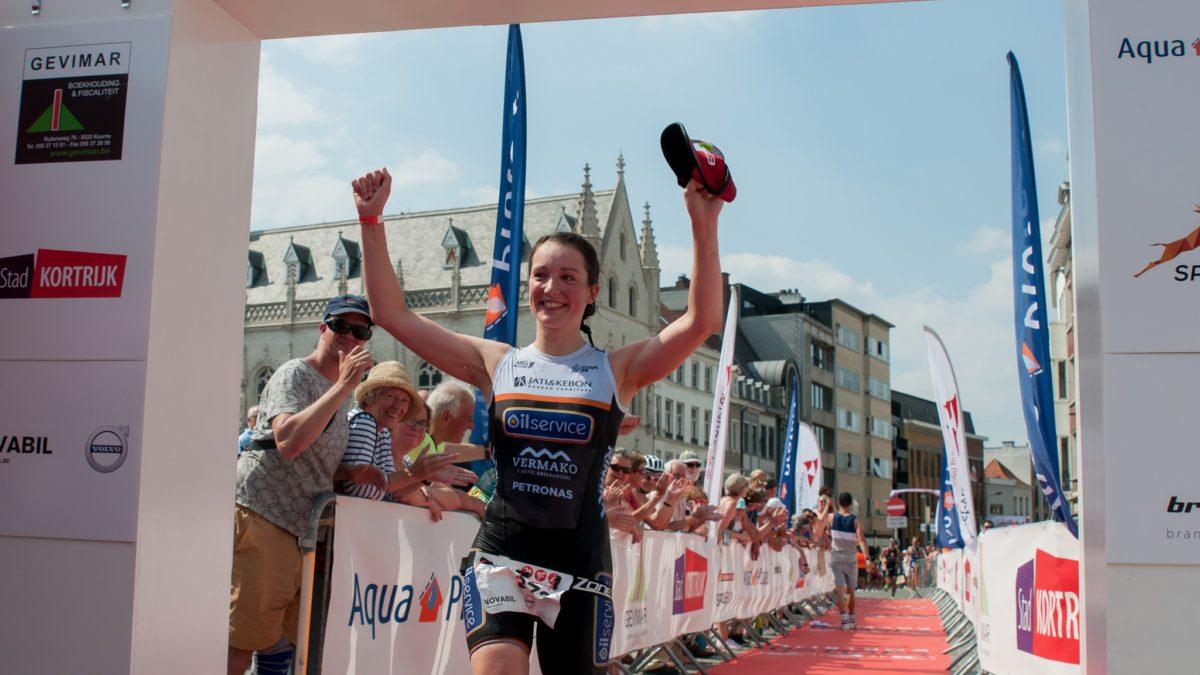 Vincent en Sofie winnen triatlonfeest in hartje Kortrijk