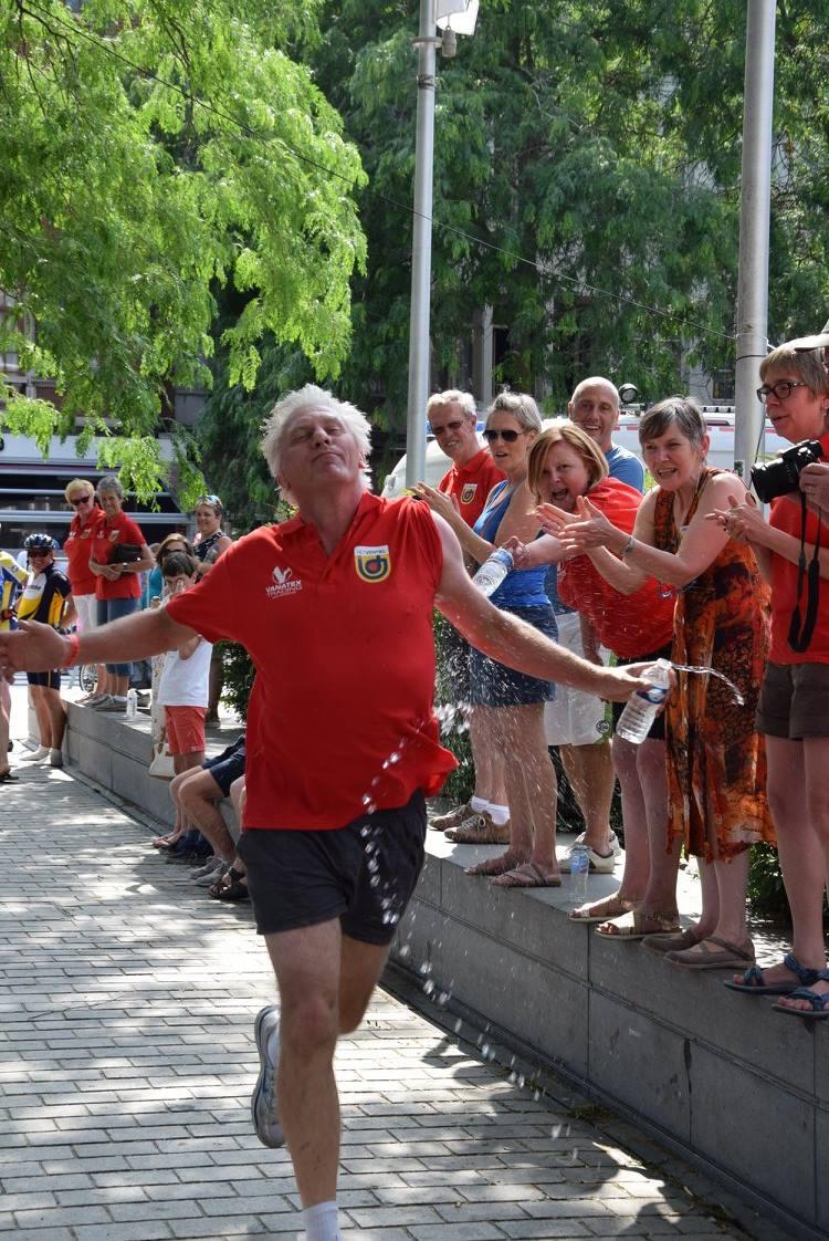 Rick De Leeuw in actie in de triatlon van Kortrijk (foto: Het Ventiel)
