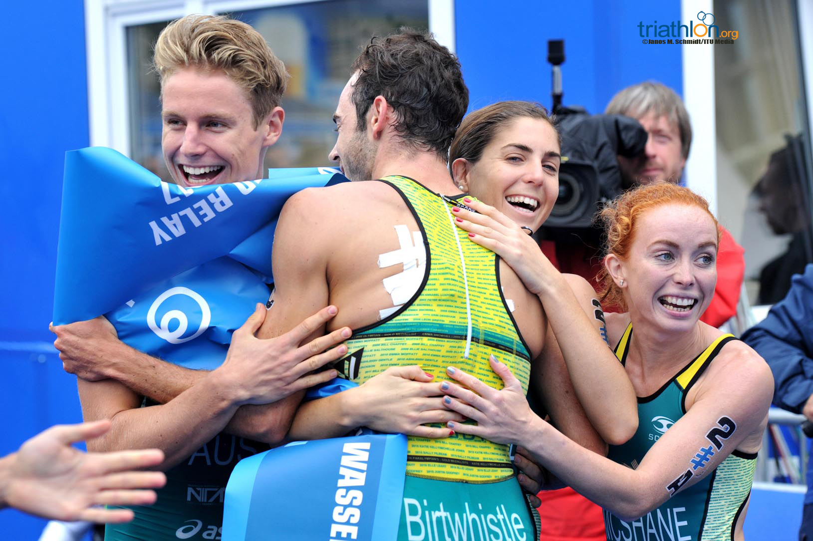 Australië wint de Mixed Team Relay in Hamburg (foto: ITU/Janos M. Schmidt)