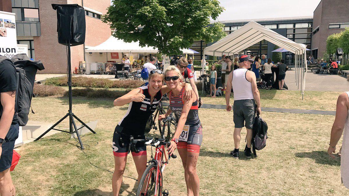 Sofie Goos wint Triatlon Van Vlaanderen, Timo klopt Sven