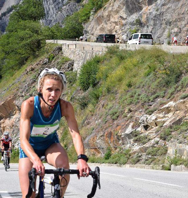 Veerle Dejaeghere als duatlete 12de op Alpe d'Huez