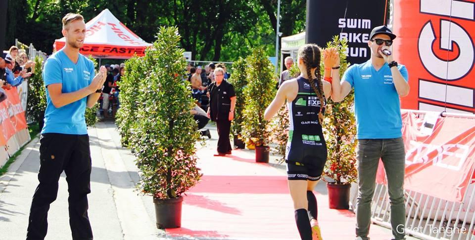 Ine Couckuyt wint in Iepet (foto: Griet Tanghe)
