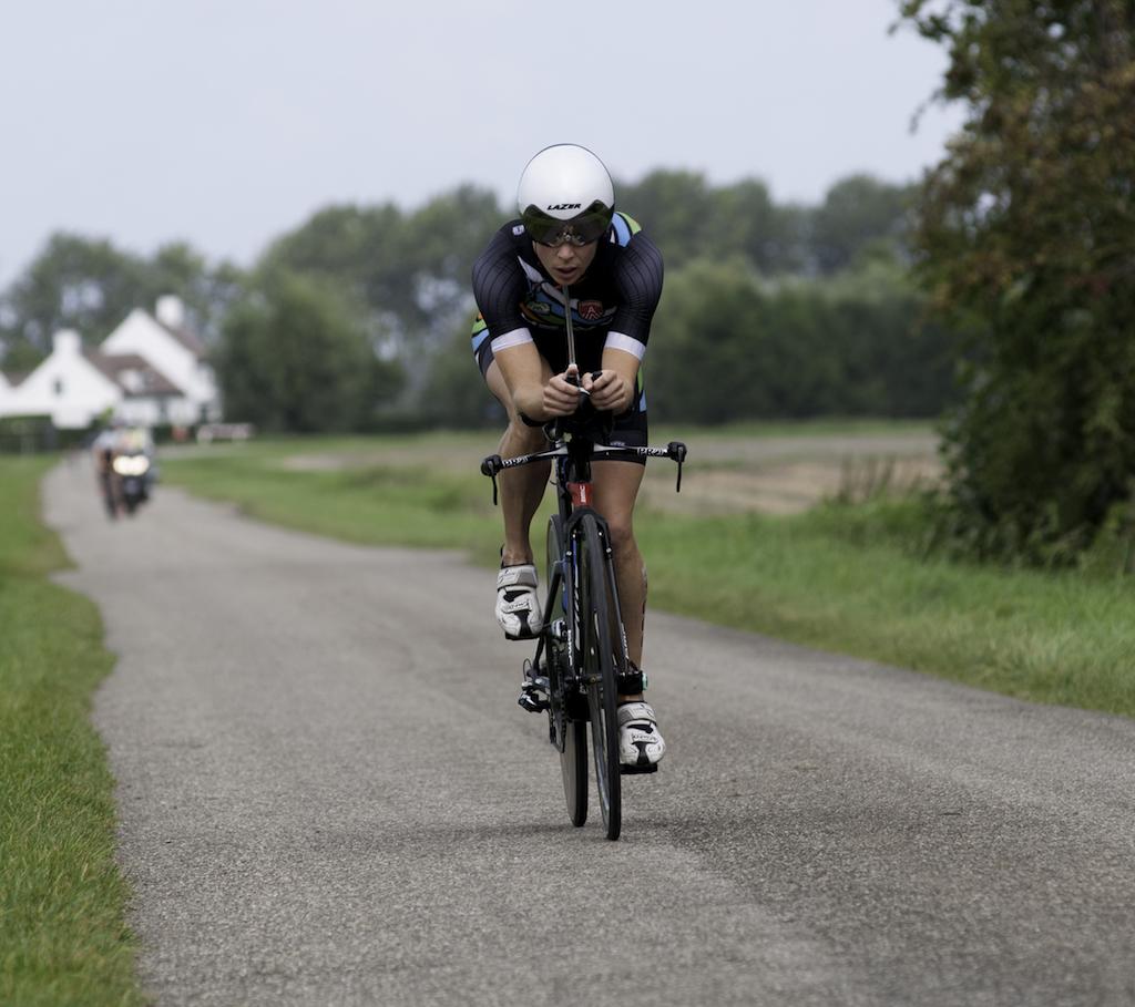 Katrien Verstuyft op kop in Knokke (foto: Mario Vanacker)