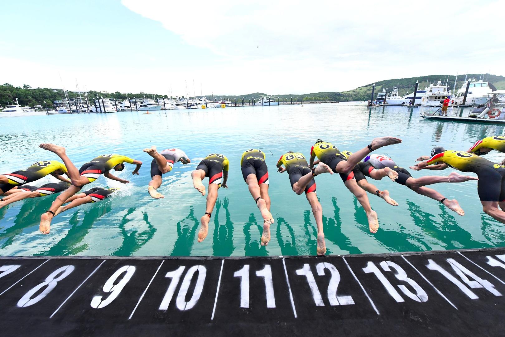 Super League Triathlon in Hamilton (foto: Delly Carr)