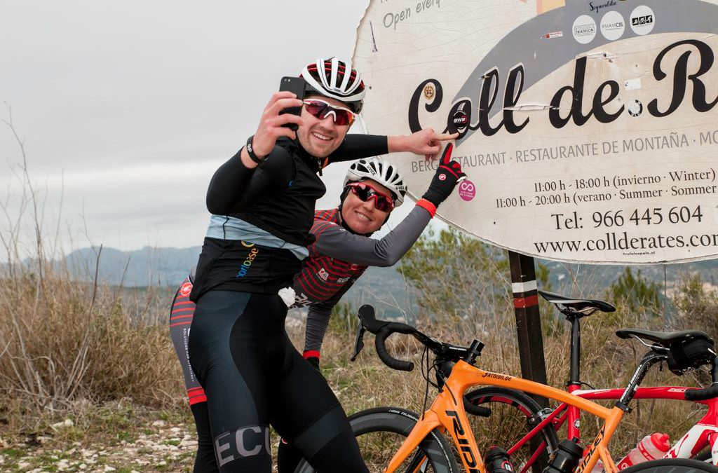 Met Sofie Goos over de Coll de Rates – 3athlon.be goes Calpe 3