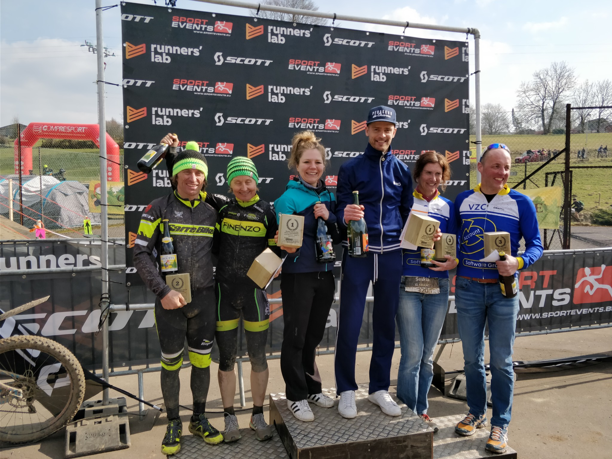 Grand Raid podium Mixed