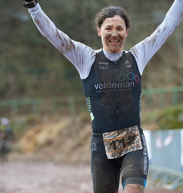 Stefanie Adam wint cross duatlon in Trier