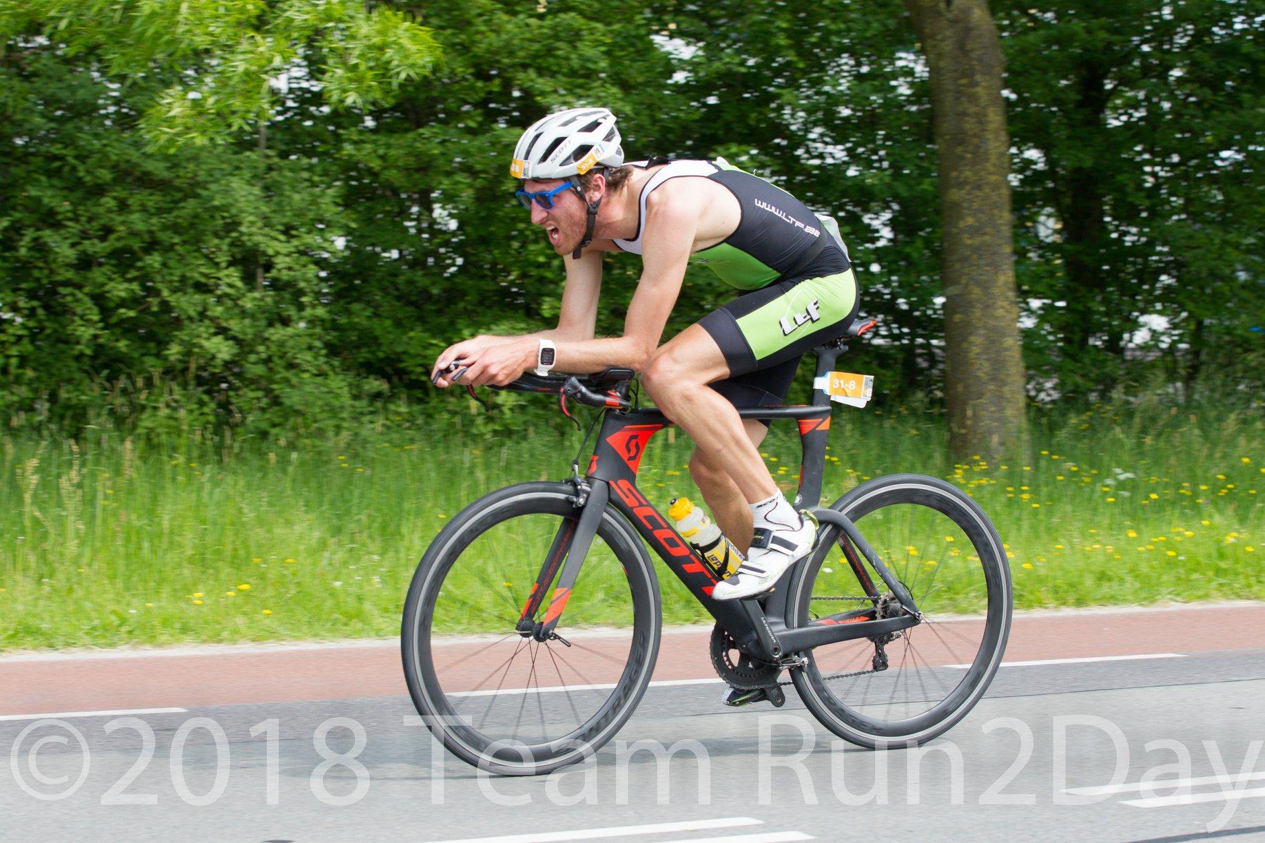 Jan Petralia op weg naar de winst in de tijdrit RBR van Groningen (foto: Team Rund2Day)
