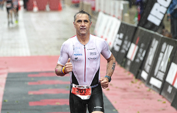 Jalabert wint age group, Kenneth onderkoeld uit 70.3 Pays d'Aix
