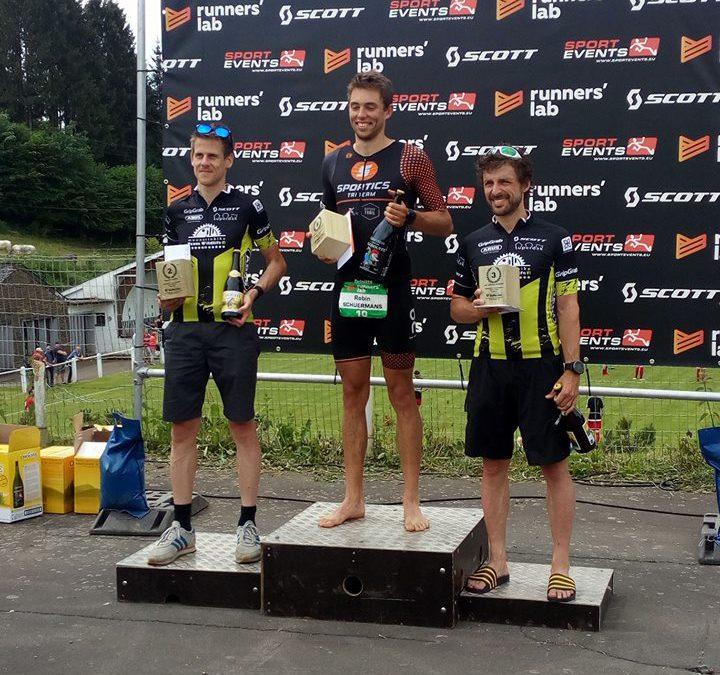 Duatleet Bientje wint van triatleten in La Roche