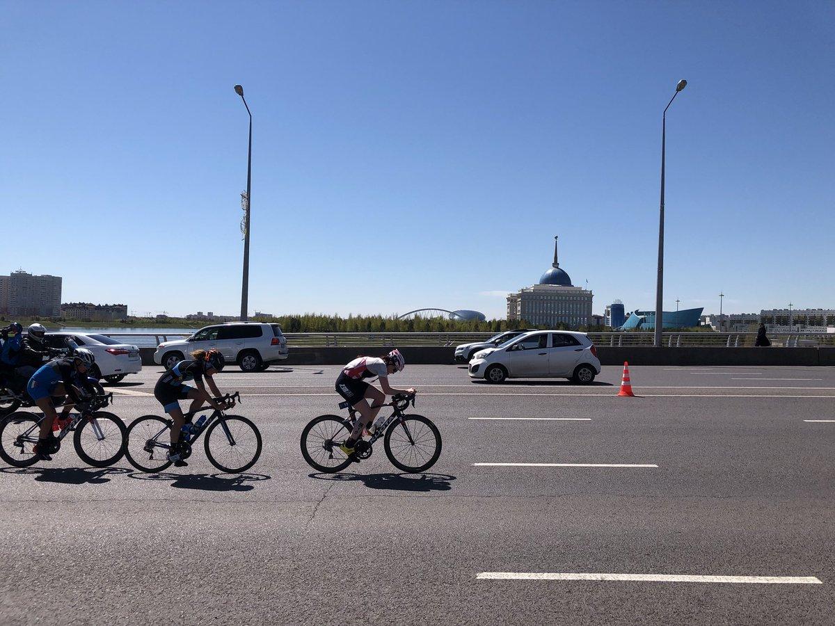 Valerie Barthelemy Astana bike