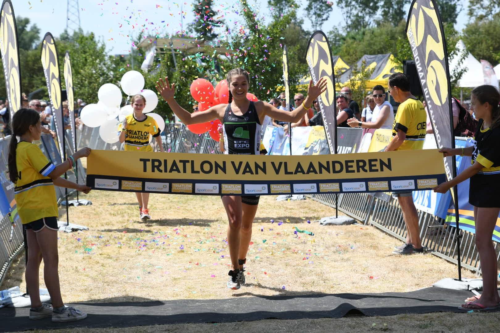 Ine Couckuyt pakt goud in Oudenaarde (foto: 3athlon.be/Mario Vanacker)