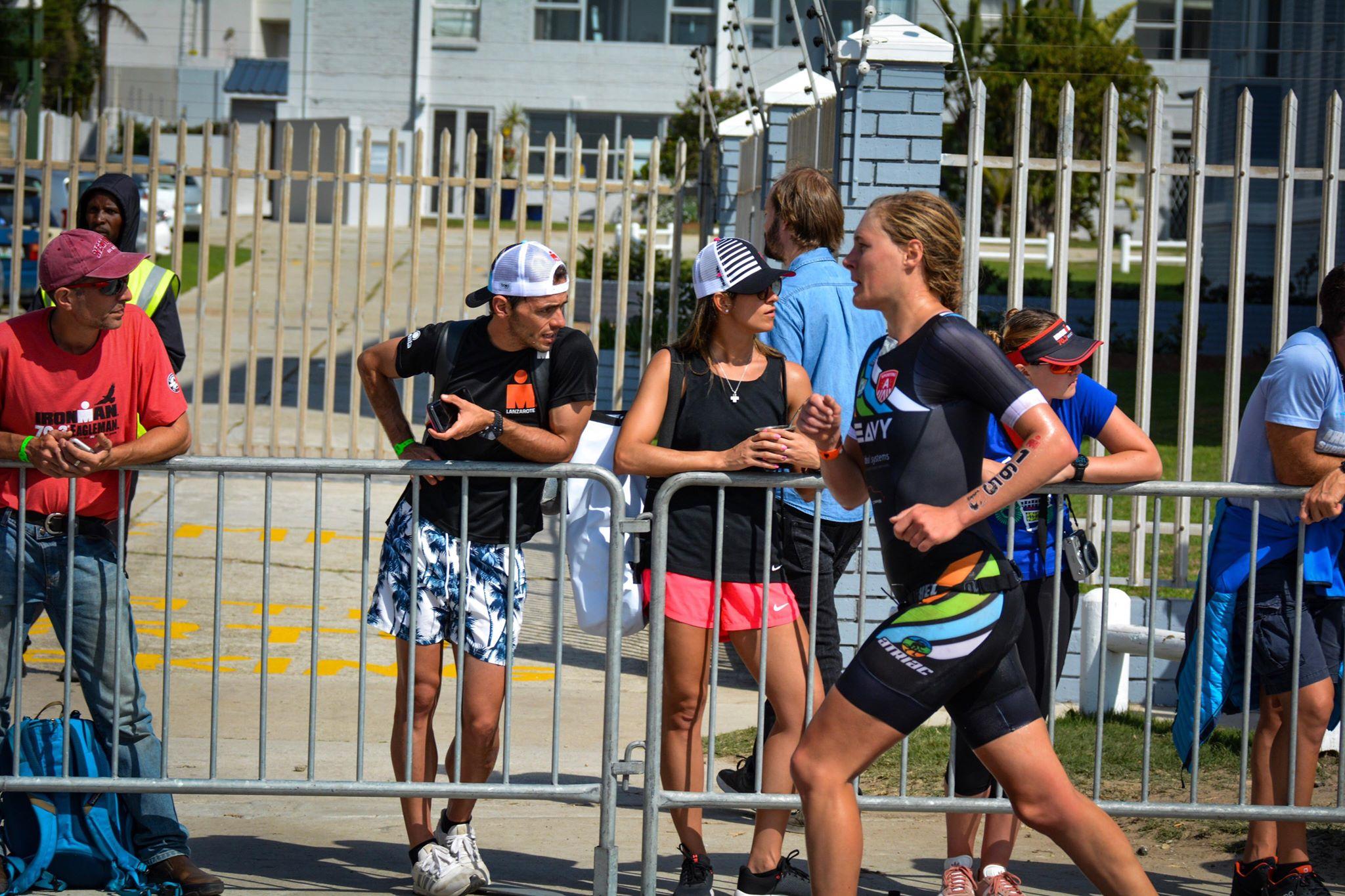 Sara Van De Vel loopt naar het goud in haar categorie in Zuid-Afrika (foto: Dirk Van De Vel)