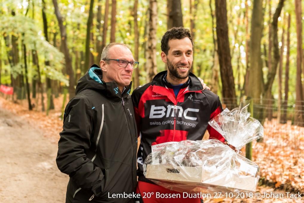 Held Bert Ingels en de man die vorig jaar een hartaanval overleefde dankzij Bert (foto: 3athlon.be/Johan Tack)