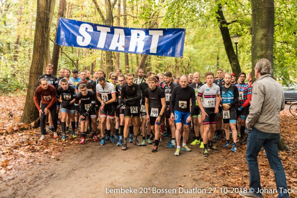 Start van de Bosduatlon van Lembeke (foto: 3athlon.be/Johan Tack)