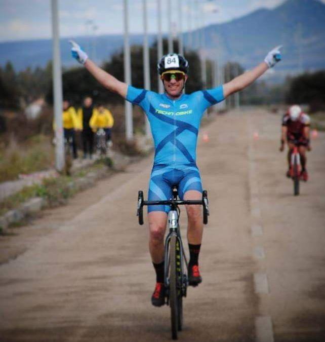 TBT: Nu wint hij veldritten, 5 jaar geleden klopte hij wereldtop triatleten