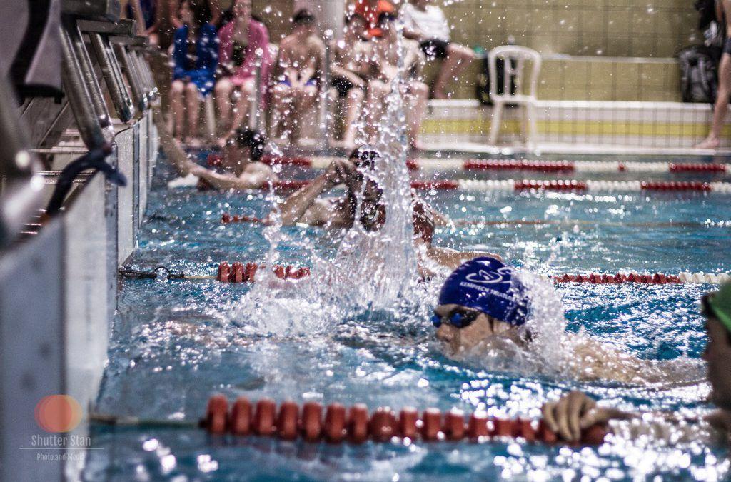 Impressie van Swimkap zwemwedstrijd voor triatleten