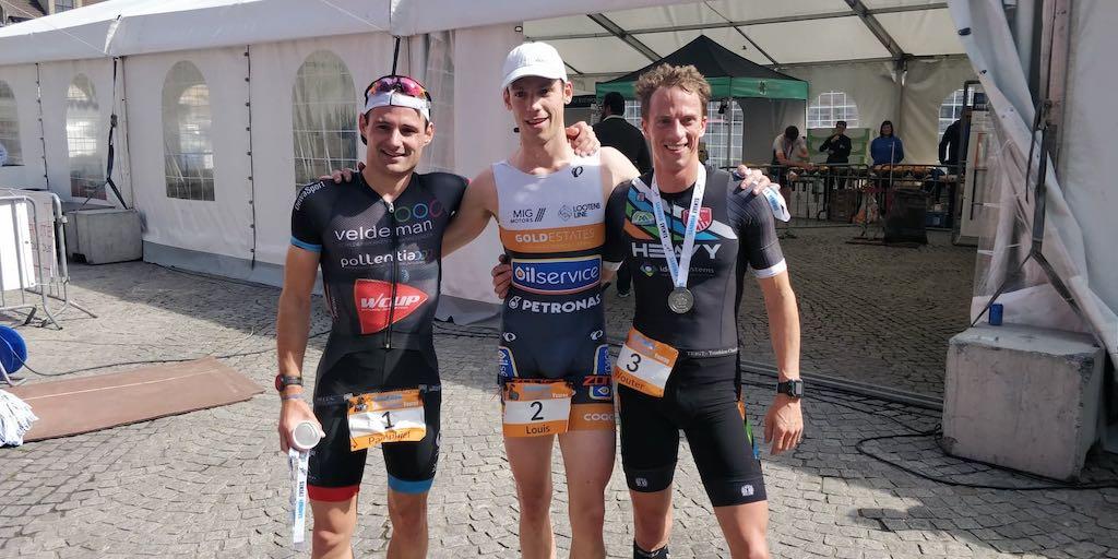 Wie houdt Jonie Vanhoutte en Wouter Vander Mast van zege in Lockdown Triathlon?