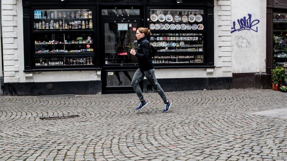 Triatleet in grootstad – Vlaanderen Triatlonland