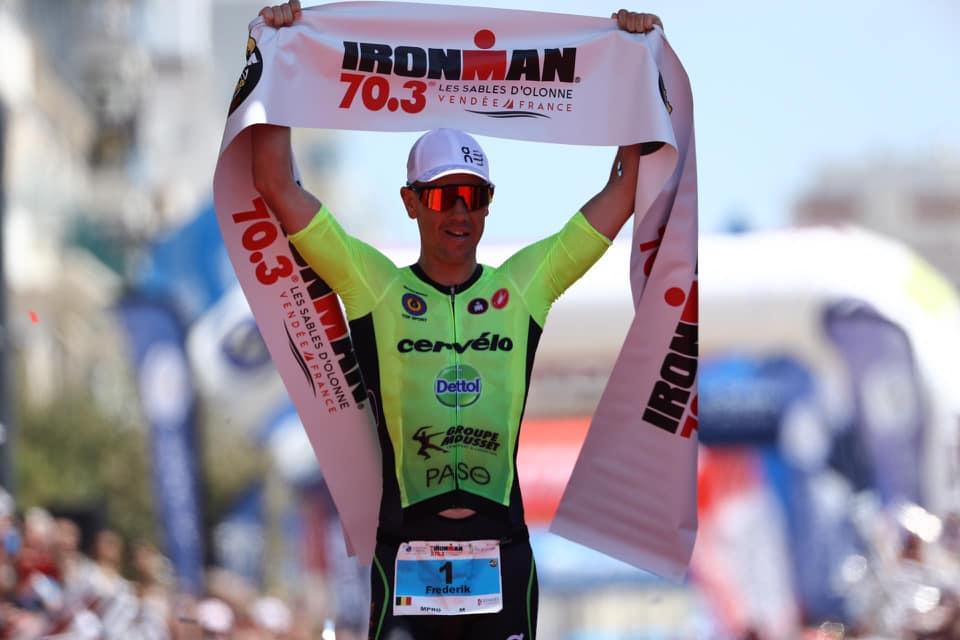 Frederik Van Lierde zegeviert in Ironman 70.3 Les Sables d'Olonne