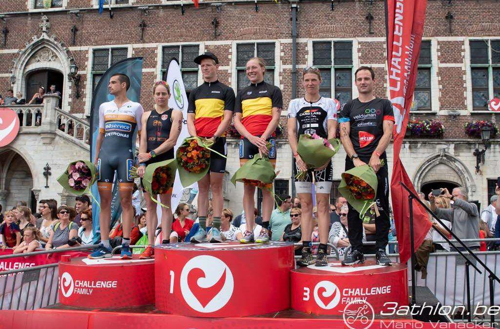 Alle kampioenen BK halve triatlon Geraardsbergen op een rijtje