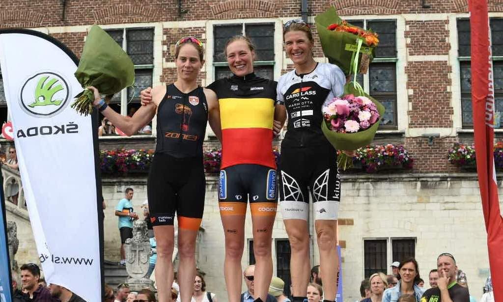 Triatlonkampioene wint nationale tijdrit op circuit van Zolder