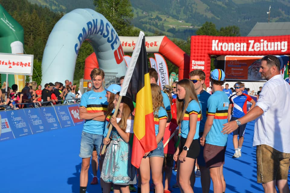 Young Belgian Hammers 11de op Jeugd EK Mixed Team Relay in Kitzbuhel