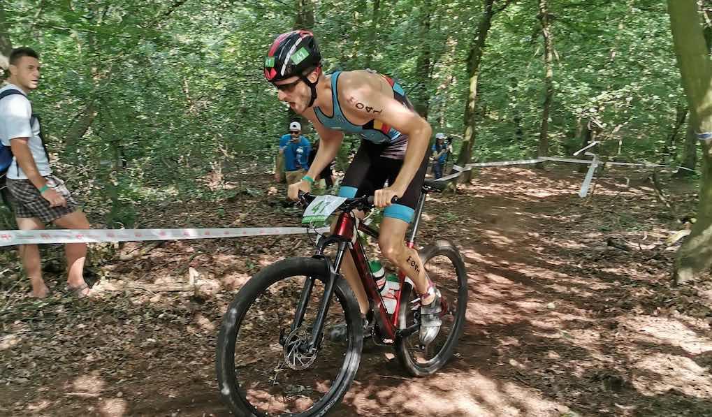 Tim Van Hemel pakt zilver op EK cross triatlon Targu Mures, Van Deynze 4de