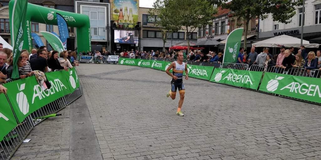 Revanche voor Charlotte Deldaele in Izegem, winst voor Sven Vandenbroucke