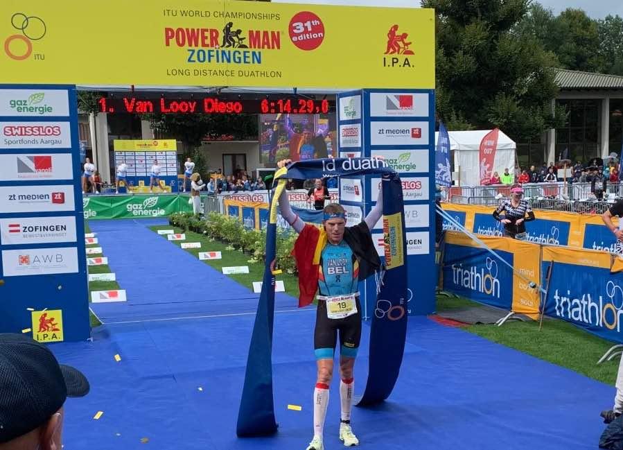 Diego Van Looy pakt duatlon wereldtitel in Zofingen, Seppe Odeyn vierde