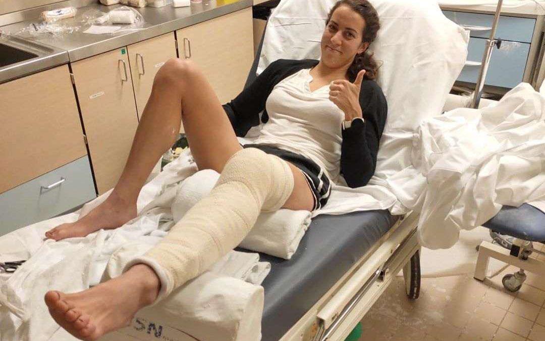 Triatlete Claire Michel breekt knieschijf, maar is optimistisch voor 2020