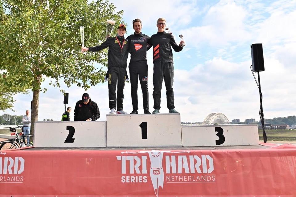 Thomas Jurgens sluit seizoen af met winst in Nederlandse triatlon
