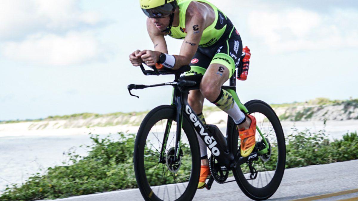 """""""Vier minuten sneller en toch pas zesde, dat is de evolutie van deze sport"""" – Frederik Van Lierde na zijn race in Cozumel."""